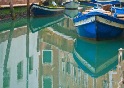 Boote auf Häusern Venedig
