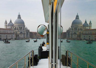 Venediger Bushaltestelle Venedig